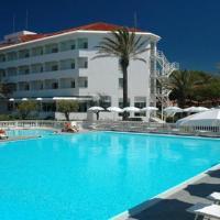 Domizia Palace Hotel, hotell i Baia Domizia