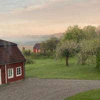 Herrgårdsflygel mitt i Sörmland