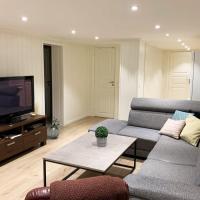 Newly renovated basement apartment, hotell i Sarpsborg
