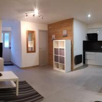 Appartement studio 32m2, hotel in Bozel