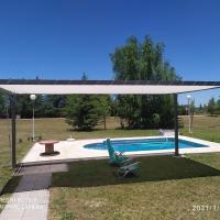 Casa completa en barrio privado con seguridad y piscina