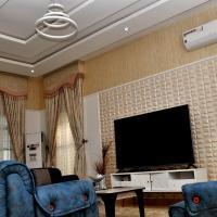Hera Apartments, hotel in Kaduna
