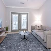 Viagem Modern 2BR with Workspace, Balcony and Gym
