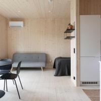 Peaceful Scandinavian tiny house near airport