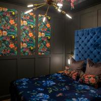 Panache Suite by Copper & Blossom