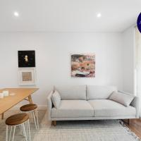 RELAXED TWO BEDDER // STYLISH HOME