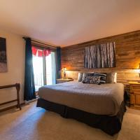 Mountain Views From This Plaza Condo - Sleeps 6 Condo, Hotel in Crested Butte