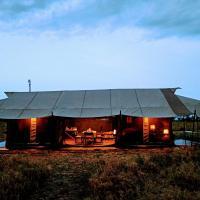 Kananga Special Tented Camp, hotel in Banagi