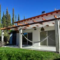 Casa quinta con pileta climatizada y parque en Gaiman