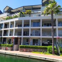 Studio apartments fully furnished and equipped with canal views