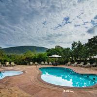 Sentrim Mara Camp, hotel in Ololaimutiek