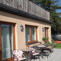 Gartenwohnung auf der Sommeralm, hotel in Sankt Kathrein am Offenegg