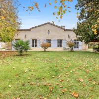 House with 4 bedrooms in Marcellus with enclosed garden and WiFi, hotel in Marcellus