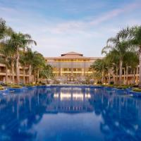 Dusit Thani LakeView Cairo, hotel in Cairo