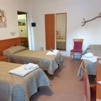 Casa Vacanze Orchidea, hotell i Pinerolo