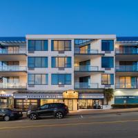 Ocean Promenade Hotel: White Rock şehrinde bir otel