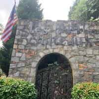 Jackson's Stone Mountain Hideaway