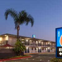 Motel 6-Fontana, CA, hotel in Fontana