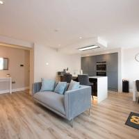 1 Bedroom Apartment Billerciay - Hosted by Space Apartments
