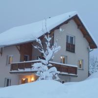 Ma cabane dans le Jura, hôtel à Chapelle-des-Bois