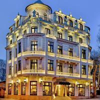 Royal Hotel, hotel in Varna City