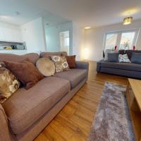 Spacious 2 Bedroom Luxury Apartment by Srk Serviced Accommodation Peterborough