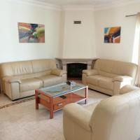 Great Quiet Villa in Portimão with Pool