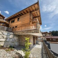 Top class chalet with 5 bathrooms near small slope