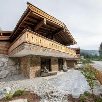 Luxury chalet with 2 bathrooms, near a small slope