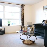 ''Kings Lodge'' - Modern apartments in City Centre with Free Private Parking