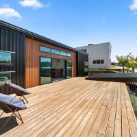 Primrose Paradise - Raglan Holiday Home
