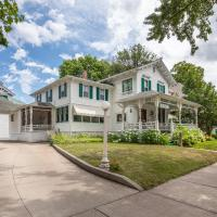 Carriage House Bed & Breakfast, hotel in Winona