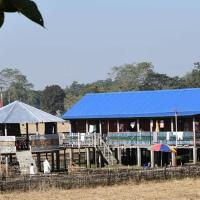 Country View Cottages and Camping, Hotel in Majuli