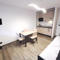 Hostdomus - City Center Apartment