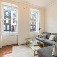 Homely 2-bed flat with private courtyard in Bloomsbury, Central London
