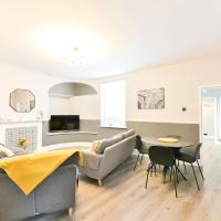 Breathtaking 4 Bedroom House - Free Parking, hotel in Pontefract