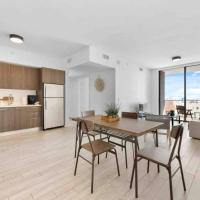 Gorgeous Modern APT In the center of downtown