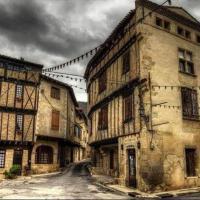 MAISON DE NOSTRADAMUS*** OCCITANIE INSOLITE, hotel in Alet-les-Bains