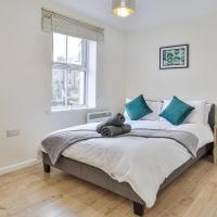 Four Bedroom Sheffield StayCation, Super Fast WiFi, Free Parking