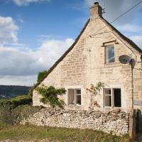 Traditional Cotswold Stone Peaceful Cottage with stunning views