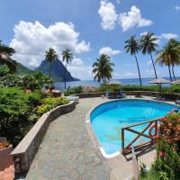 Hummingbird Beach Resort, hotel in Soufrière