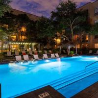 Downtown Houston Huge 2bdrm Perfect for Family, hotel in Midtown, Houston