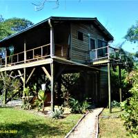 Sanpopo Tree Top Cottage - A Gold Standard Tourism Approved Vacation Home