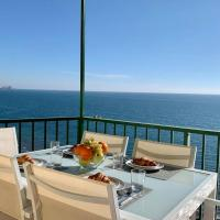 Luxury apartment in first line of Carvajal
