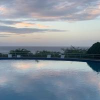 Hermoso apartamento con vista al mar, hotel near Simon Bolívar International Airport - CCS, Catia La Mar