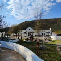 Karoo 1 Hotel Village, hotel di De Doorns