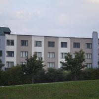HOTEL CAVALIERI, hotell i Pinerolo