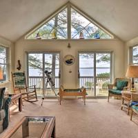 Waterfront Hammond Home with Grill and Boat Dock!