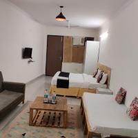 Hotel Dev Palace - Near IGI Airport