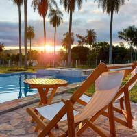 Puesta del Sol, hotel in Caacupé